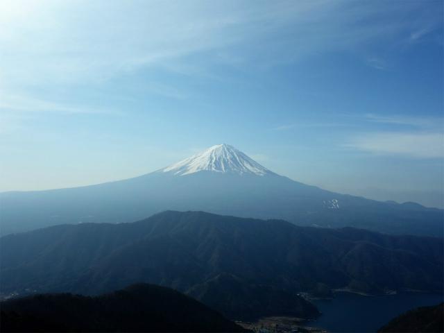 鬼ヶ岳(淵坂峠~毛無山~十二ヶ岳)登山口コースガイド 四ヶ岳からの富士山の眺望【登山口ナビ】