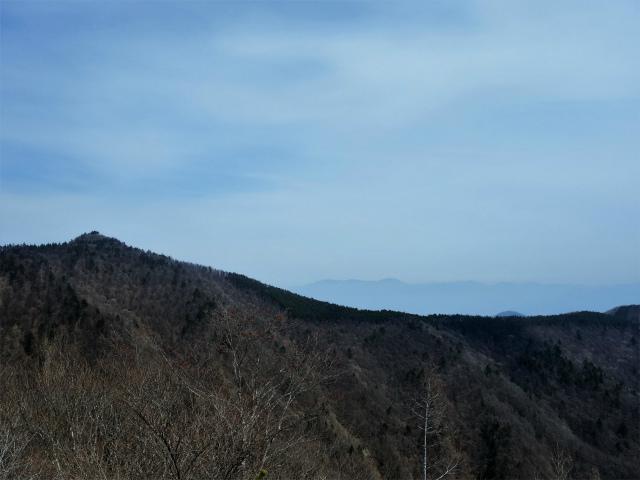 鬼ヶ岳(淵坂峠~毛無山~十二ヶ岳)登山口コースガイド 節刀ヶ岳【登山口ナビ】