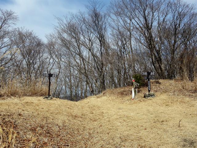 鬼ヶ岳(大石峠~節刀ヶ岳)登山口コースガイド 大石峠【登山口ナビ】