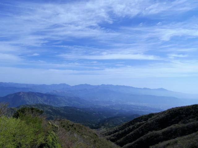 明神ヶ岳(二宮金次郎柴刈り路~金時山)稜線からの丹沢山地の眺望【登山口コースガイド】