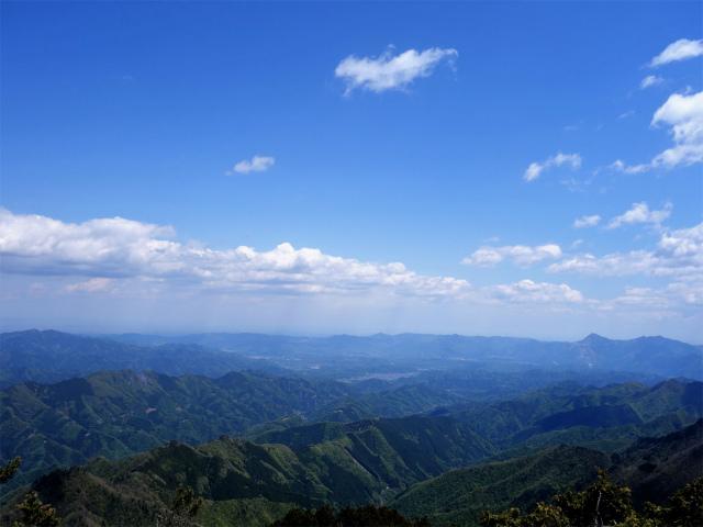 両神山(天理岳~天武将尾根) 登山口コースガイド 秩父方面の展望【登山口ナビ】