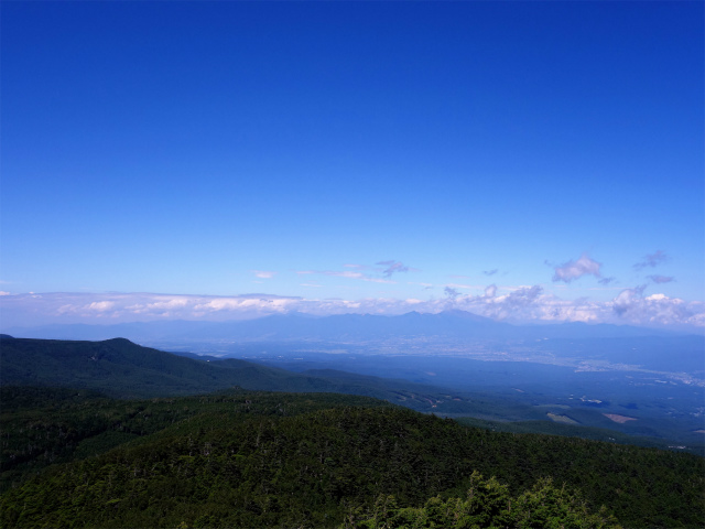 八ヶ岳・中山/ニュウ(麦草峠~白駒池周回)登山口コースガイド にゅうの山頂からの浅間連峰【登山口ナビ】