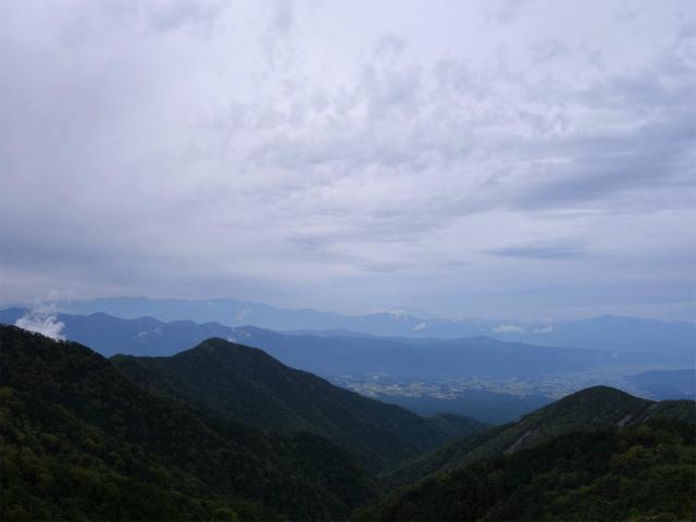 八ヶ岳・赤岳(地獄谷~ツルネ東陵)登山口コースガイド ツルネから中央アルプスや御嶽山の眺望【登山口ナビ】